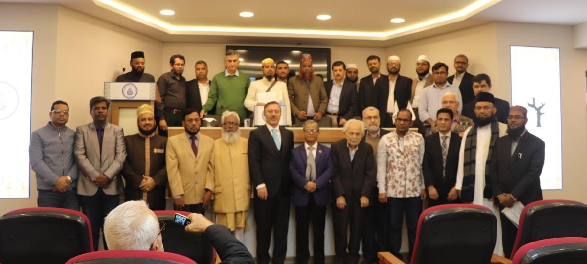 Endonezya ve Bangladeşli Alimlerin Risale-i Nur sevgisi İnsan, Toplum ve Din Konferansında Buluştu
