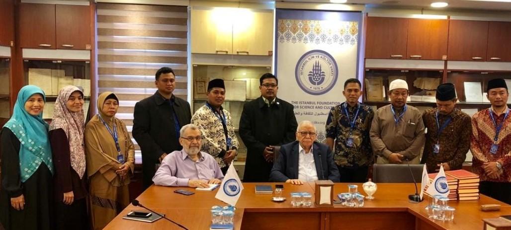 Endonezya'nın Eğitim Kurumlarına Risale-i Nur Eğitimi