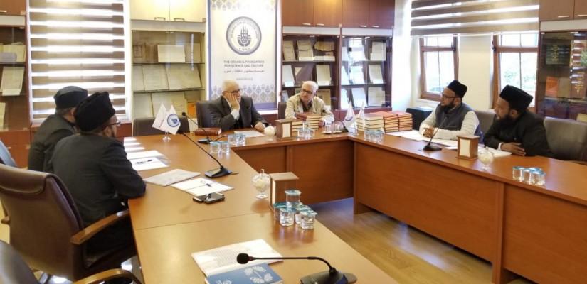 بدأ برنامج قراءة رسائل النور بحضور ثلة من العلماء من الهند